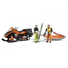 Sněžný skútr Bruder se záchranářem a lyžařem
